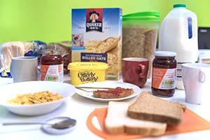 Free Basic Breakfast - Hostel Amenities